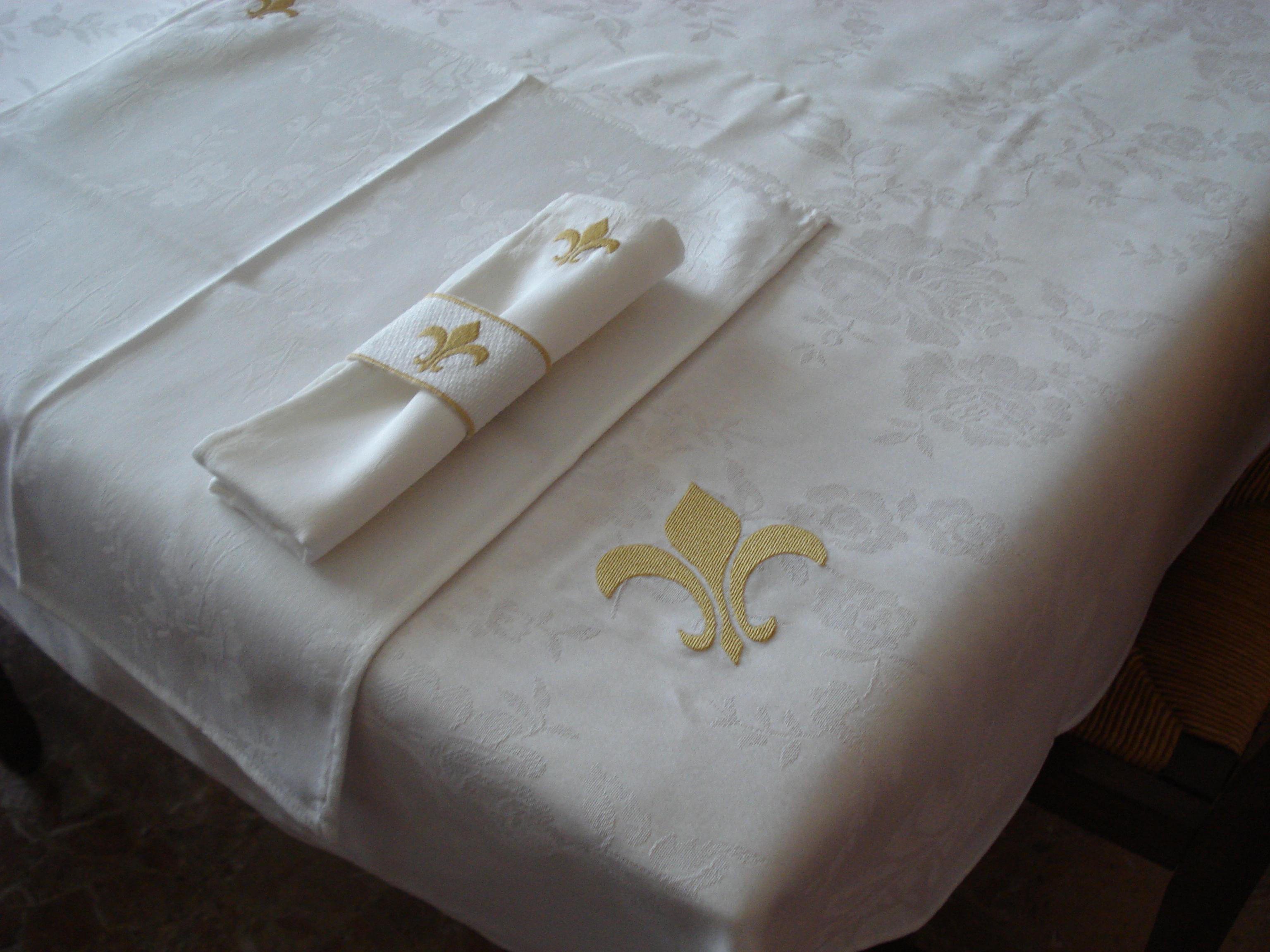 Broderie d art - Dessin fleur de lys royale ...